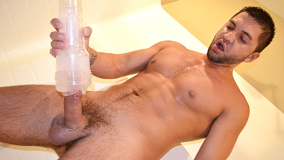 Sex Toy Stroke Off In The Shower – Dominic Pacifico